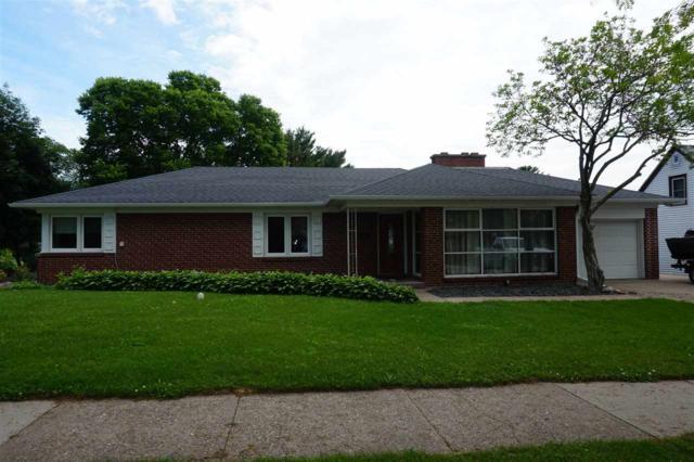 794 S Beaumont Rd, Prairie Du Chien, WI 53821 (#1861086) :: Nicole Charles & Associates, Inc.