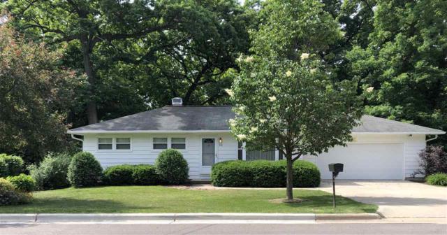 910 W Dean Ave, Monona, WI 53716 (#1861295) :: Nicole Charles & Associates, Inc.