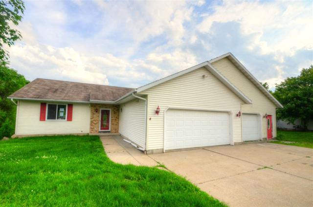 423 Sunset Dr, Poynette, WI 53955 (#1861410) :: Nicole Charles & Associates, Inc.