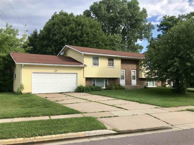 3300-3302 High Rd, Middleton, WI 53562 (#1861435) :: Nicole Charles & Associates, Inc.