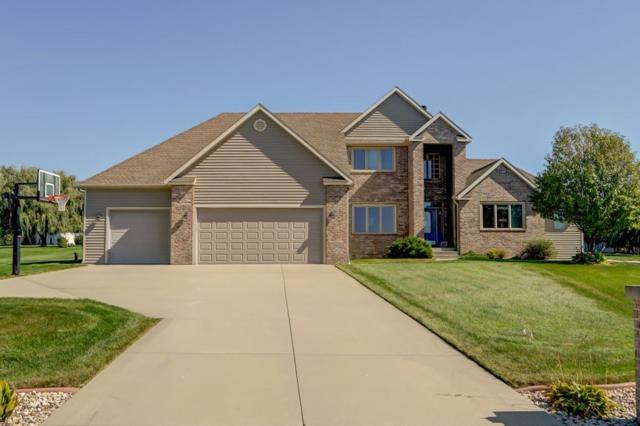 3042 Saddle Brooke Tr, Bristol, WI 53590 (#1862320) :: Nicole Charles & Associates, Inc.
