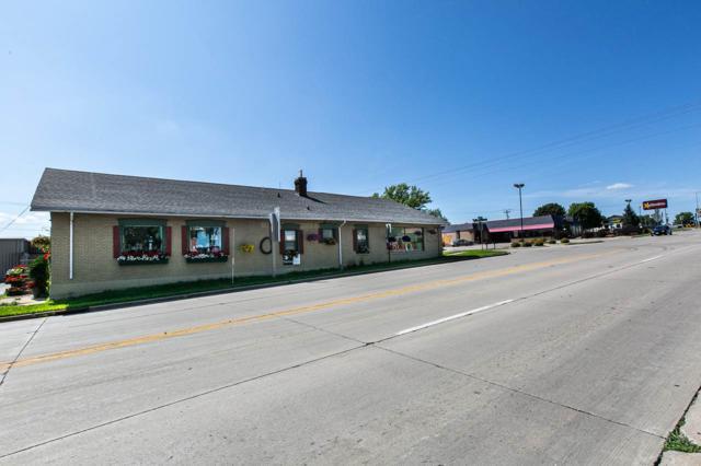 101 W Leffler St, Dodgeville, WI 53533 (#1862335) :: Nicole Charles & Associates, Inc.