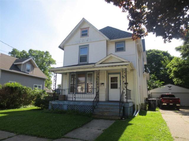 520 N Chatham St, Janesville, WI 53548 (#1862414) :: Nicole Charles & Associates, Inc.