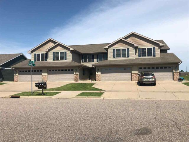 1028 20TH ST, Prairie Du Sac, WI 53578 (#1862556) :: HomeTeam4u