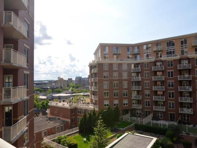 360 W Washington Ave, Madison, WI 53703 (#1862665) :: Nicole Charles & Associates, Inc.