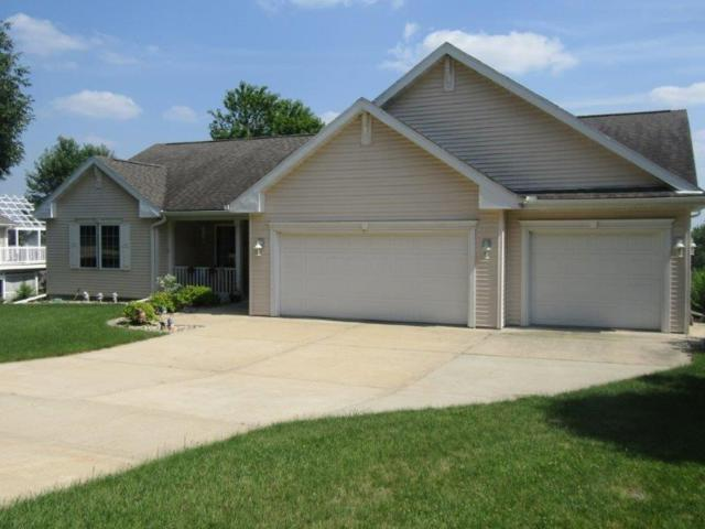 640 Morningstar Dr, Portage, WI 53901 (#1862771) :: HomeTeam4u