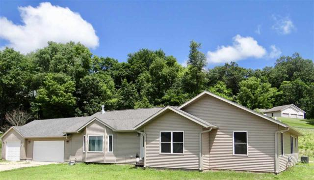62144 Sugar Loaf Tr, Bridgeport, WI 53821 (#1862965) :: Nicole Charles & Associates, Inc.