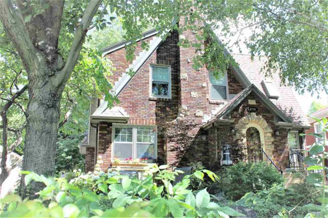 2734 Lakeland Ave, Madison, WI 53704 (#1863066) :: Nicole Charles & Associates, Inc.