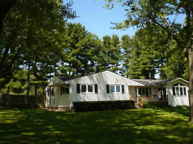 3196 Femrite Dr, Blooming Grove, WI 53718 (#1863089) :: Nicole Charles & Associates, Inc.