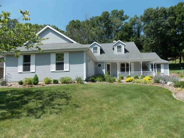 1733 Royal Oaks Dr, Janesville, WI 53548 (#1863301) :: Nicole Charles & Associates, Inc.