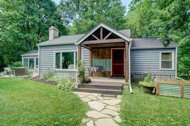 4610 Fox Bluff Rd, Westport, WI 53562 (#1863411) :: Nicole Charles & Associates, Inc.
