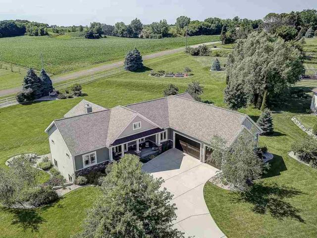 3168 Castleton Crossing, Bristol, WI 53590 (#1863464) :: Nicole Charles & Associates, Inc.
