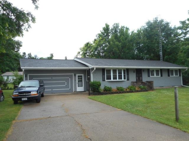 1242 8th St, Reedsburg, WI 53959 (#1863661) :: Nicole Charles & Associates, Inc.
