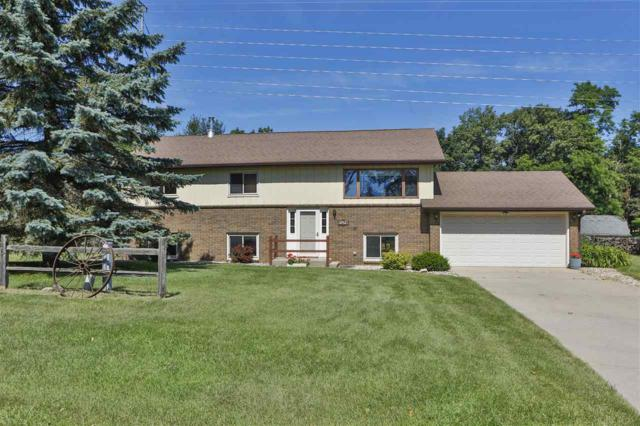 2468 Red Pine Ct, Portage, WI 53901 (#1863675) :: Nicole Charles & Associates, Inc.