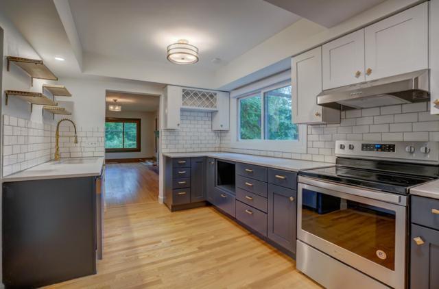 3342 Ridgeway Ave, Madison, WI 53704 (#1863680) :: Nicole Charles & Associates, Inc.