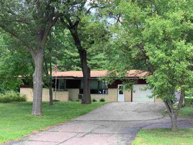 1611 Broadway St, Wisconsin Dells, WI 53965 (#1863872) :: Nicole Charles & Associates, Inc.