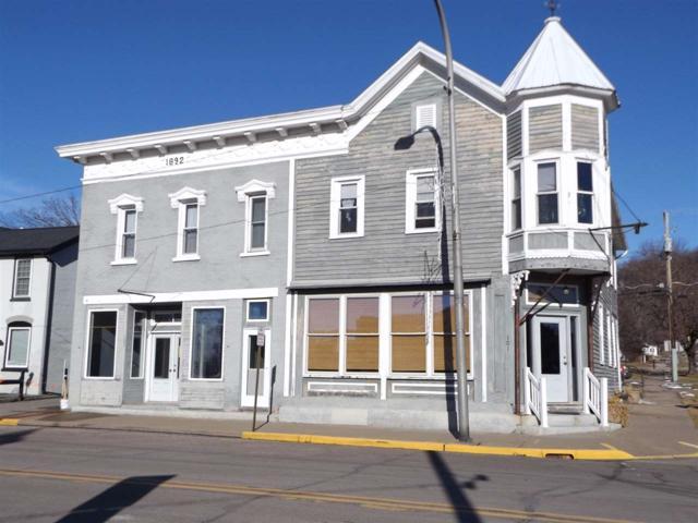 101 W Amelia St, Cassville, WI 53806 (#1864119) :: Nicole Charles & Associates, Inc.