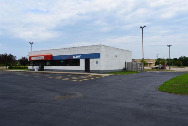 1747 Center Ave, Janesville, WI 53546 (#1864310) :: HomeTeam4u