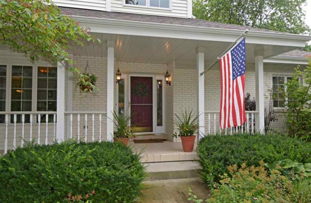 3943 Weatherwood Tr, Middleton, WI 53593 (#1864360) :: Nicole Charles & Associates, Inc.