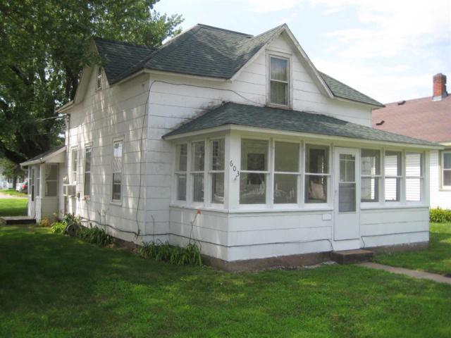 603 N Michigan St, Prairie Du Chien, WI 53821 (#1864405) :: Nicole Charles & Associates, Inc.