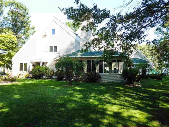 N7826 Lake View Ct, Germantown, WI 53950 (#1864775) :: Nicole Charles & Associates, Inc.