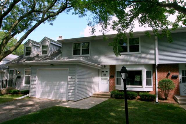 34 Whitcomb Cir, Madison, WI 53711 (#1865436) :: Nicole Charles & Associates, Inc.