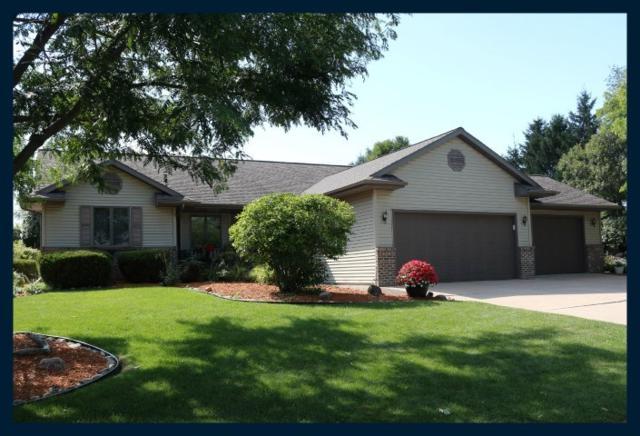 100 Sanctuary Ct, Johnson Creek, WI 53038 (#1865519) :: HomeTeam4u