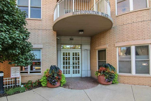 360 W Washington Ave, Madison, WI 53703 (#1865756) :: Nicole Charles & Associates, Inc.
