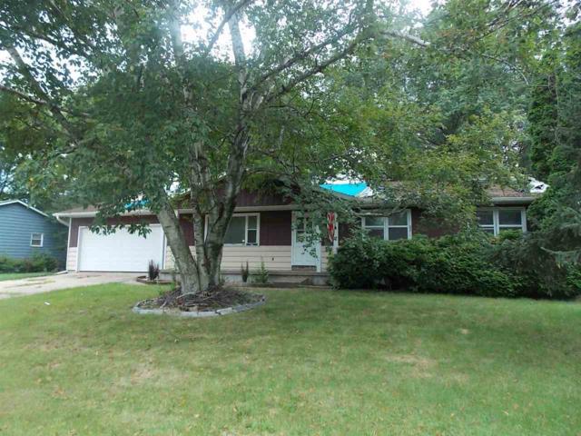 208 Dayton St, Watertown, WI 53094 (#1865821) :: HomeTeam4u