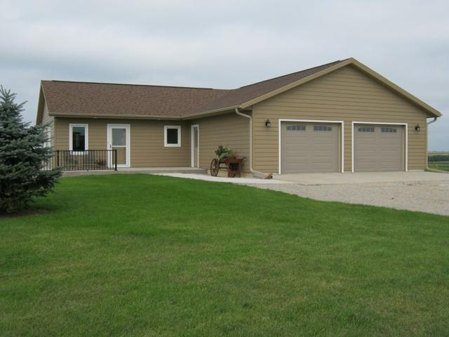 1460 Crow Branch Rd, Clifton, WI 53554 (#1865855) :: HomeTeam4u