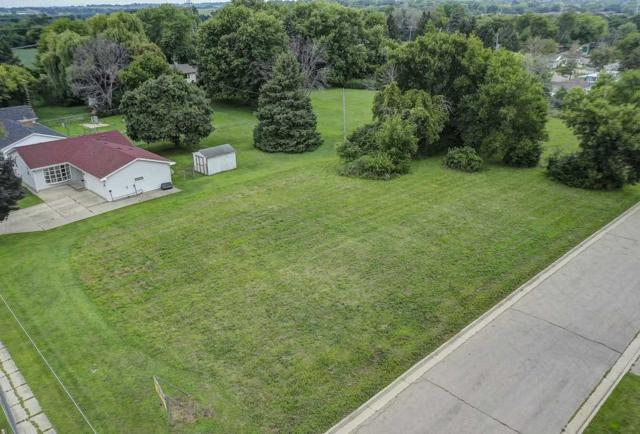 630 S Marion Ave, Janesville, WI 53548 (#1865862) :: Nicole Charles & Associates, Inc.