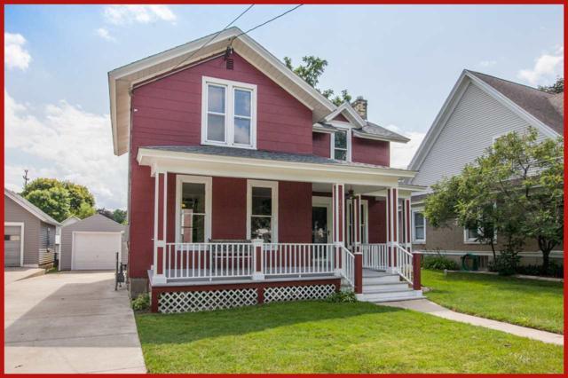 404 E Lake St, Lake Mills, WI 53551 (#1865922) :: Nicole Charles & Associates, Inc.