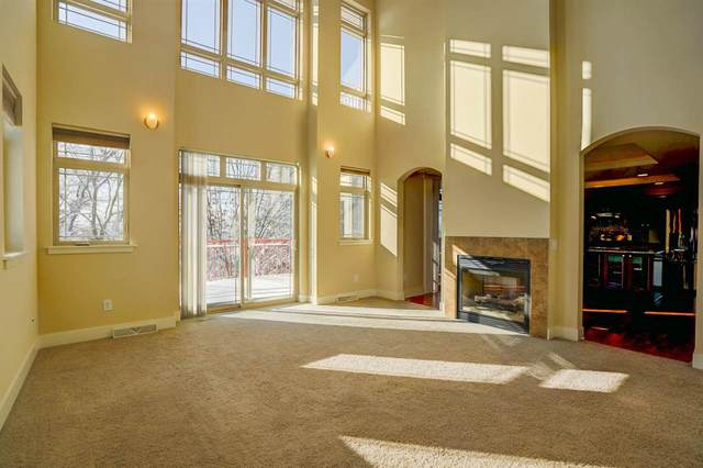 1020 W Pleasant St, Portage, WI 53901 (#1868207) :: Nicole Charles & Associates, Inc.