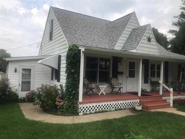 210 E Parry St, Dodgeville, WI 53533 (#1868245) :: Nicole Charles & Associates, Inc.