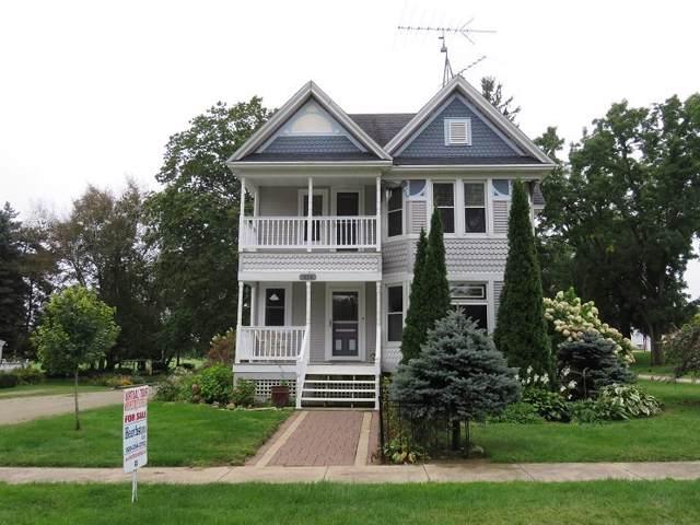 430 W Bowen St, Brandon, WI 53919 (#1868289) :: HomeTeam4u