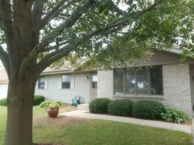 1815 Doubletree Dr, Janesville, WI 53546 (#1868372) :: Nicole Charles & Associates, Inc.