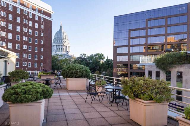 125 N Hamilton St, Madison, WI 53703 (#1868378) :: Nicole Charles & Associates, Inc.