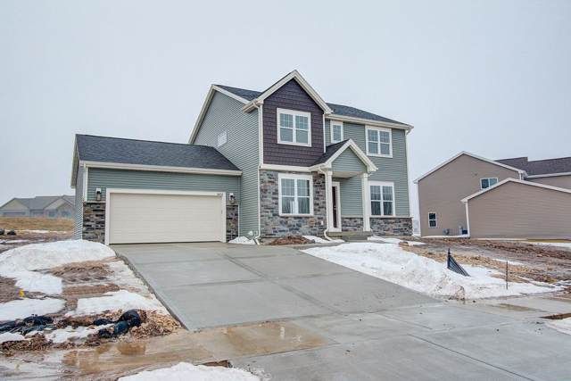 6614 Wolf Hollow Rd, Windsor, WI 53598 (#1868474) :: Tucci Team