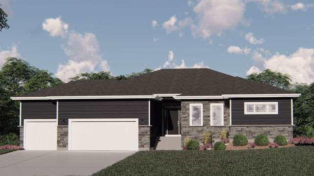 6630 Wolf Hollow Rd, Windsor, WI 53598 (#1868475) :: Tucci Team