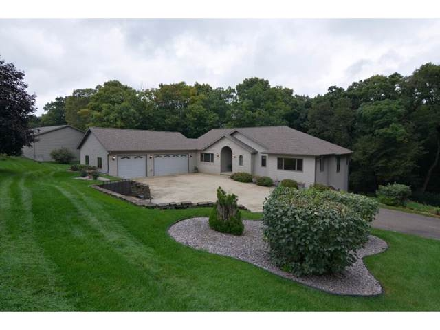546 Echo Valley Rd, Oregon, WI 53521 (#1868482) :: HomeTeam4u