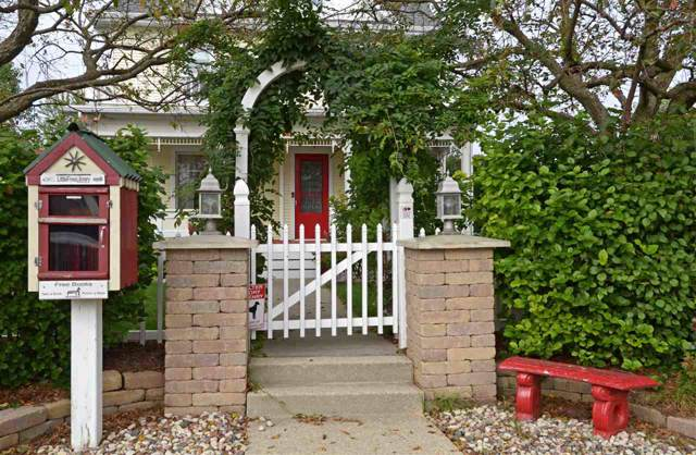 214 S 8th St, Mount Horeb, WI 53572 (#1868727) :: Nicole Charles & Associates, Inc.