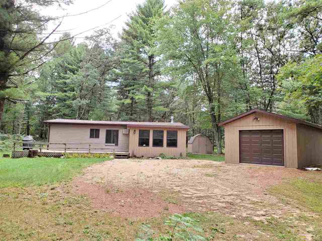 2829 W 3rd Dr, New Chester, WI 53952 (#1868732) :: Nicole Charles & Associates, Inc.