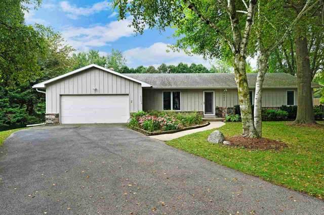 4652 Canary Cir, Cottage Grove, WI 53527 (#1868742) :: HomeTeam4u