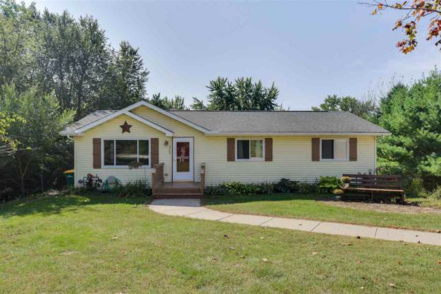 N2782 Cross St, Lodi, WI 53555 (#1868787) :: HomeTeam4u