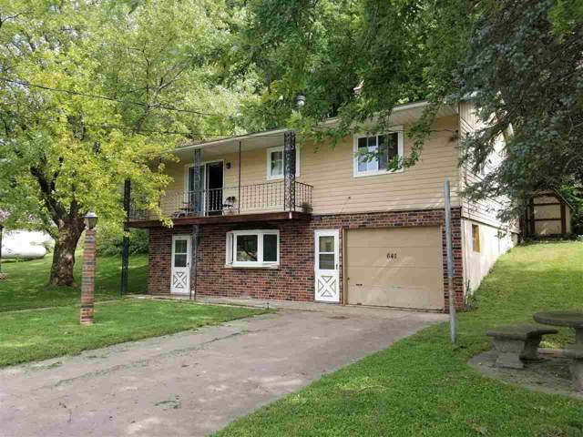 641 W Bluff St, Cassville, WI 53806 (#1868830) :: Nicole Charles & Associates, Inc.