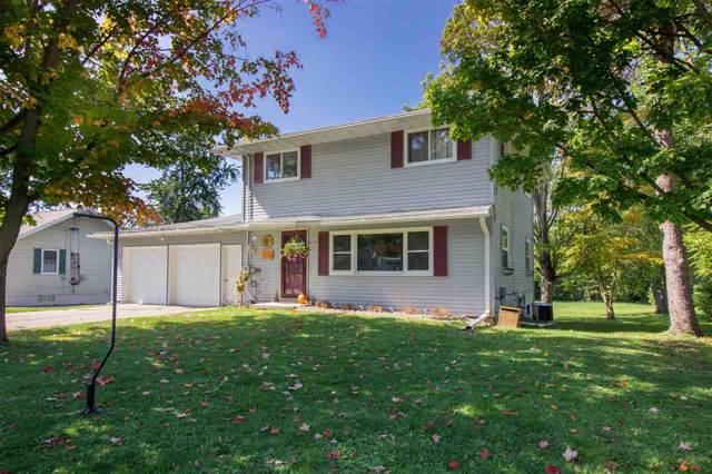 1404 Davis St, Watertown, WI 53098 (#1868926) :: Nicole Charles & Associates, Inc.