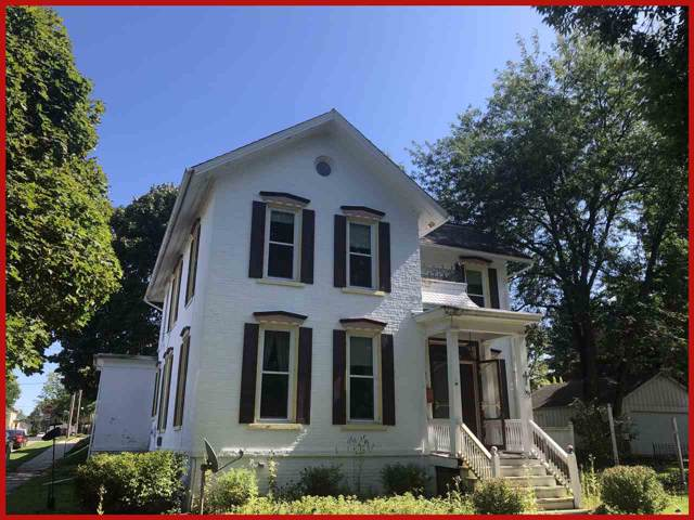501 S 4th St, Watertown, WI 53094 (#1869136) :: Nicole Charles & Associates, Inc.