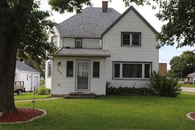 309 W Main St, Cobb, WI 53526 (#1869395) :: HomeTeam4u