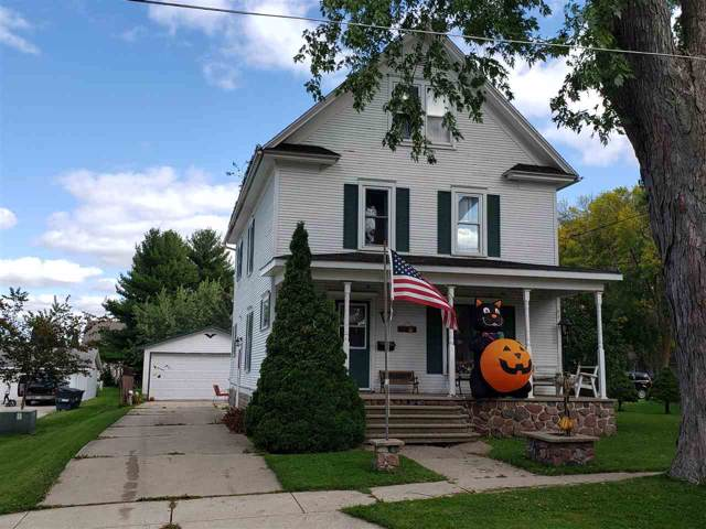 508 Williams St, Randolph, WI 53956 (#1869534) :: Nicole Charles & Associates, Inc.
