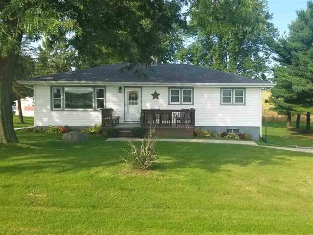 6771 County Road C, Windsor, WI 53532 (#1869536) :: HomeTeam4u
